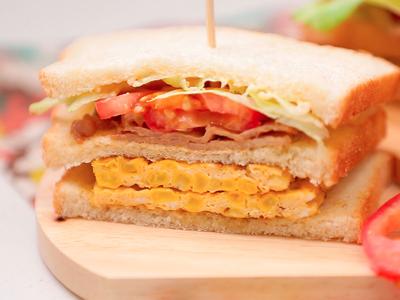 玉米厚蛋燒肉三明治