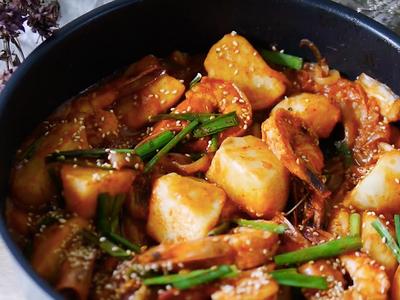 泡菜馬鈴薯醬燒蝦