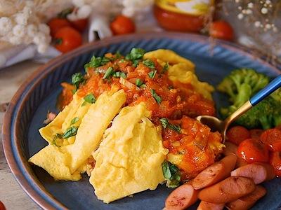 義式臘腸歐姆蛋包飯